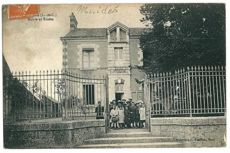 http://www.perche-gouet.net/histoire/photos/immeubles/2878/20404.jpg