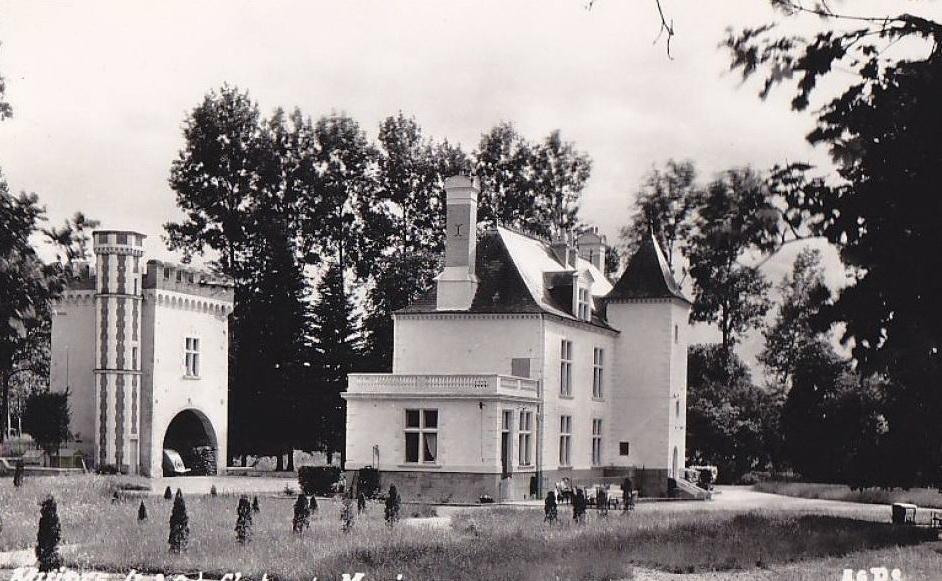 http://www.perche-gouet.net/histoire/photos/immeubles/5799/19058.jpg